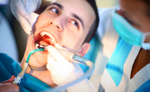 dca-blog_article-40_gum-disease-treatment-options