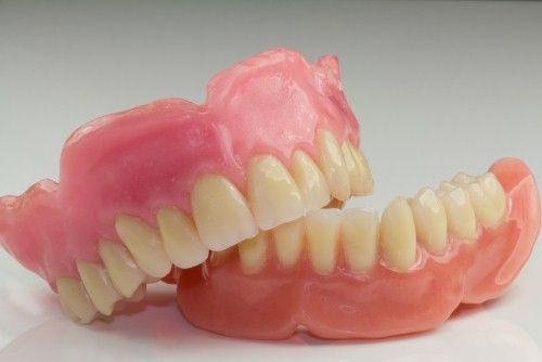 There are three main types of dentures.